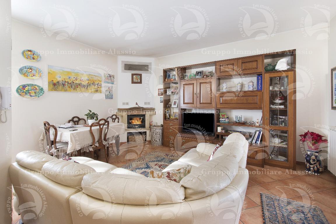 Casa semi indipendente 5 locali in vendita a Garlenda (SV)