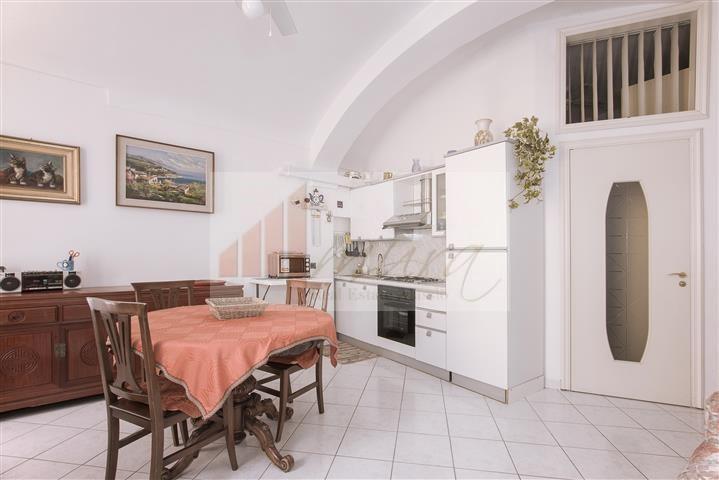 Appartamento ALASSIO 05AF002