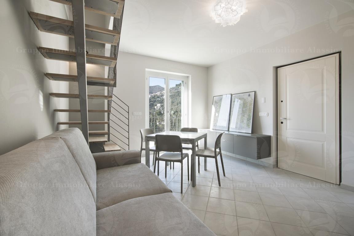 Appartamento trilocale in vendita a Alassio (SV)