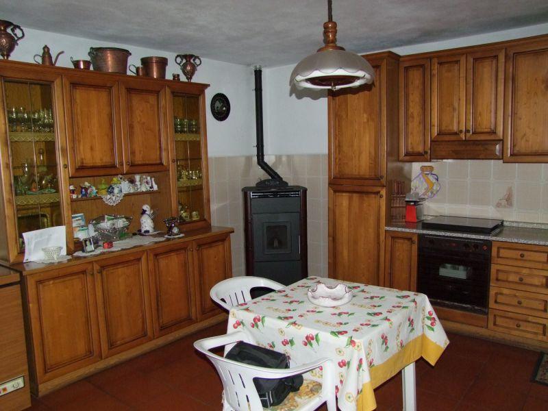 Appartamento in vendita a San Godenzo, 4 locali, zona Zona: San Bavello, prezzo € 90.000 | Cambio Casa.it
