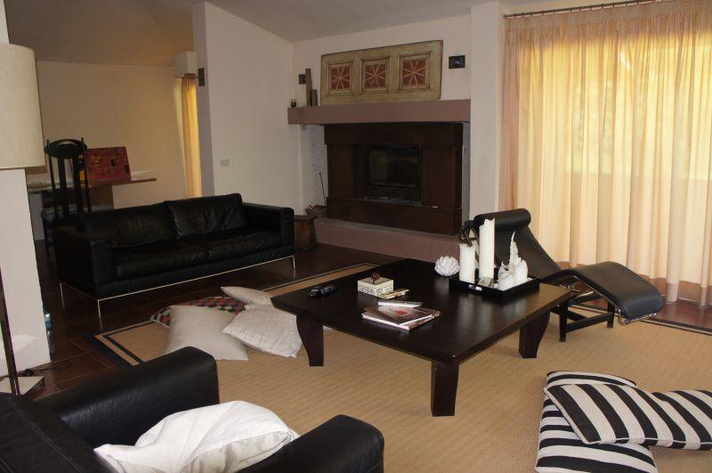 Casa Indipendente in ottime condizioni in vendita Rif. 9577845