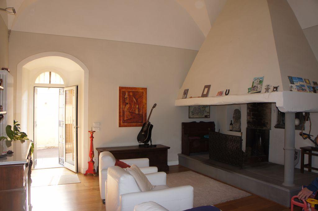 Palazzo / Stabile in vendita a Borgo San Lorenzo, 8 locali, prezzo € 870.000 | Cambio Casa.it