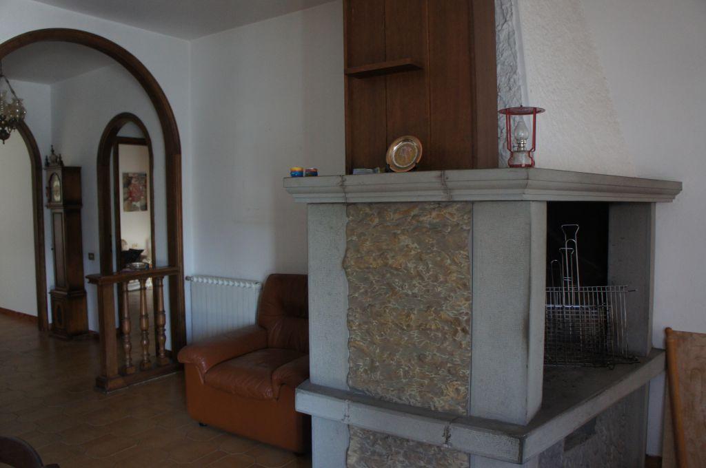 Appartamento in vendita a Barberino di Mugello, 5 locali, prezzo € 280.000 | Cambio Casa.it