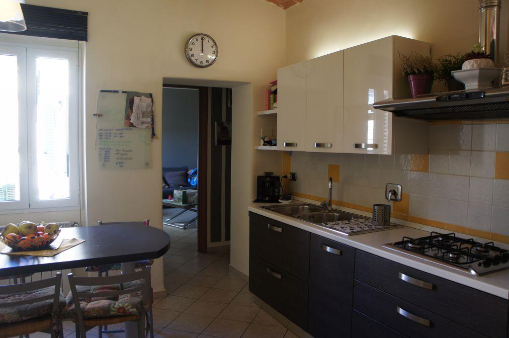 Appartamento in ottime condizioni in vendita Rif. 9577859