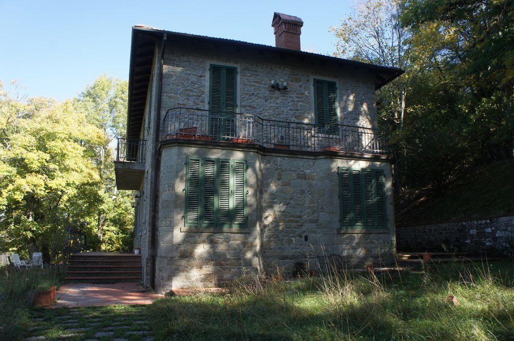 Villa in vendita a Reggello, 10 locali, zona Località: SALTINO, prezzo € 435.000 | Cambio Casa.it