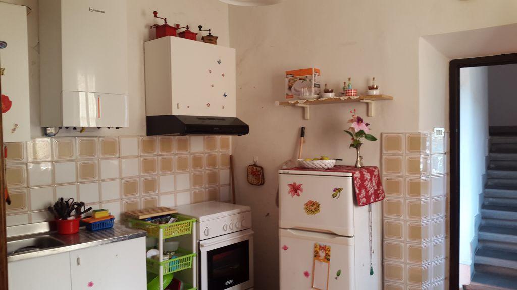 Appartamento in vendita a Pelago, 4 locali, prezzo € 126.000 | CambioCasa.it