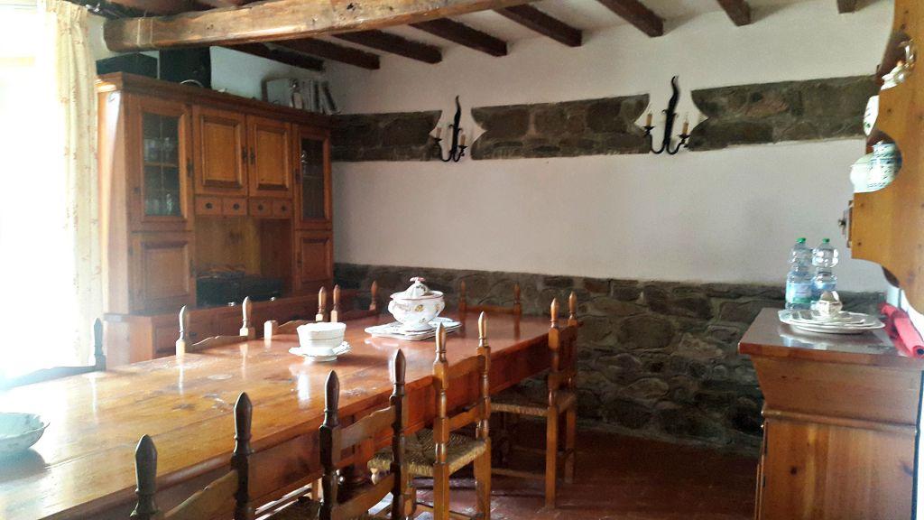 Rustico / Casale in vendita a Rufina, 8 locali, prezzo € 515.000   CambioCasa.it
