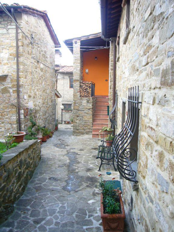 Bilocale Reggello Via Conia 2