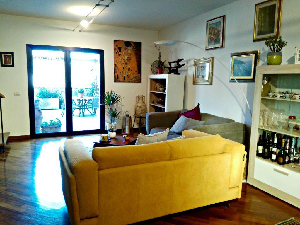 Attico / Mansarda in vendita a Pontassieve, 5 locali, zona Località: CENTRO, prezzo € 420.000 | Cambio Casa.it
