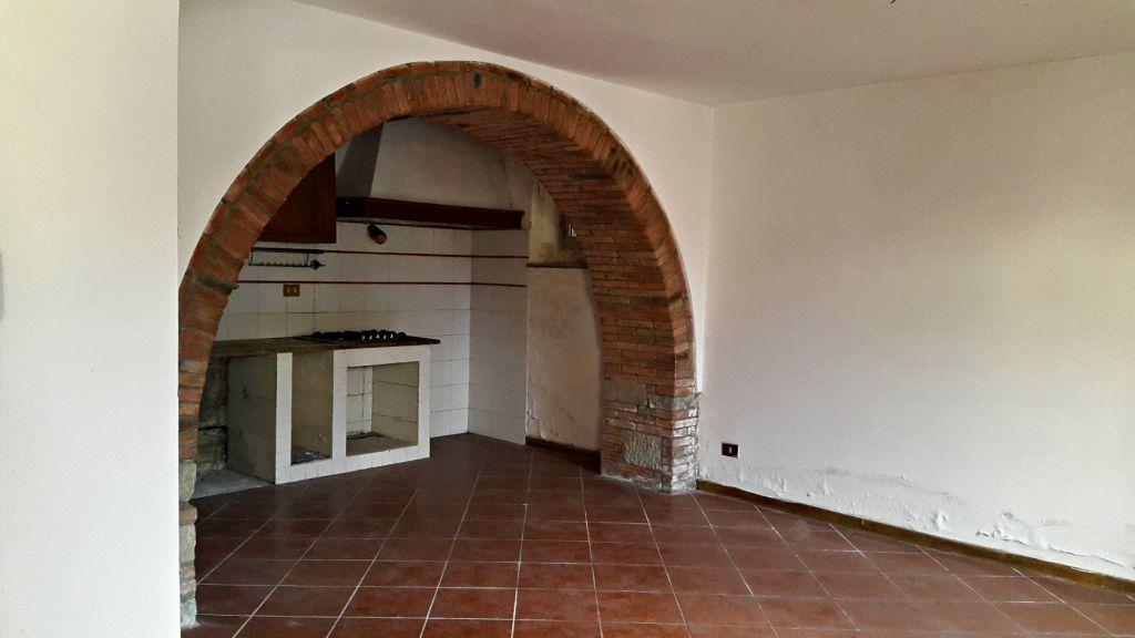 Rustico / Casale in vendita a Reggello, 5 locali, zona Località: PIETRAPIANA, prezzo € 200.000   Cambio Casa.it