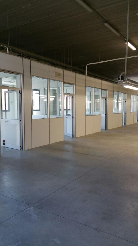 Magazzino - capannone in ottime condizioni in vendita Rif. 9577885