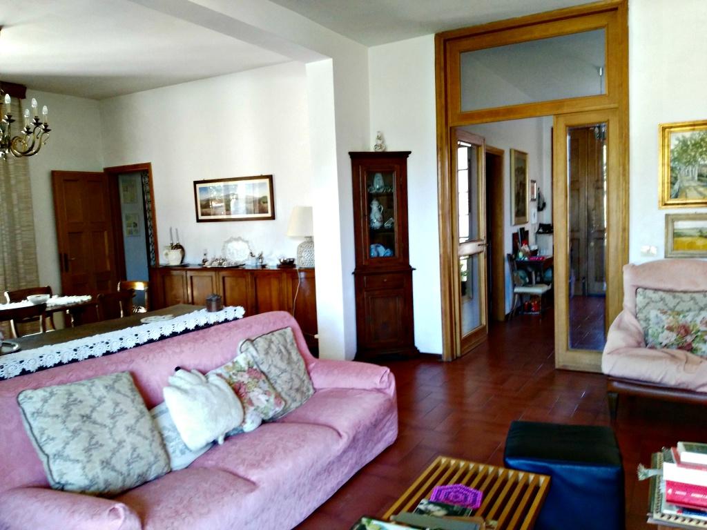Villa in vendita a Pontassieve, 5 locali, prezzo € 550.000   CambioCasa.it