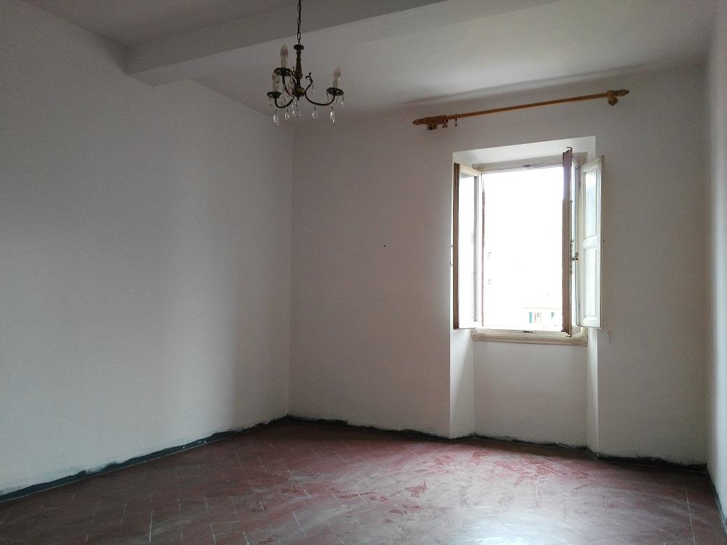 vendita appartamento pontassieve centro  88000 euro  4 locali  70 mq