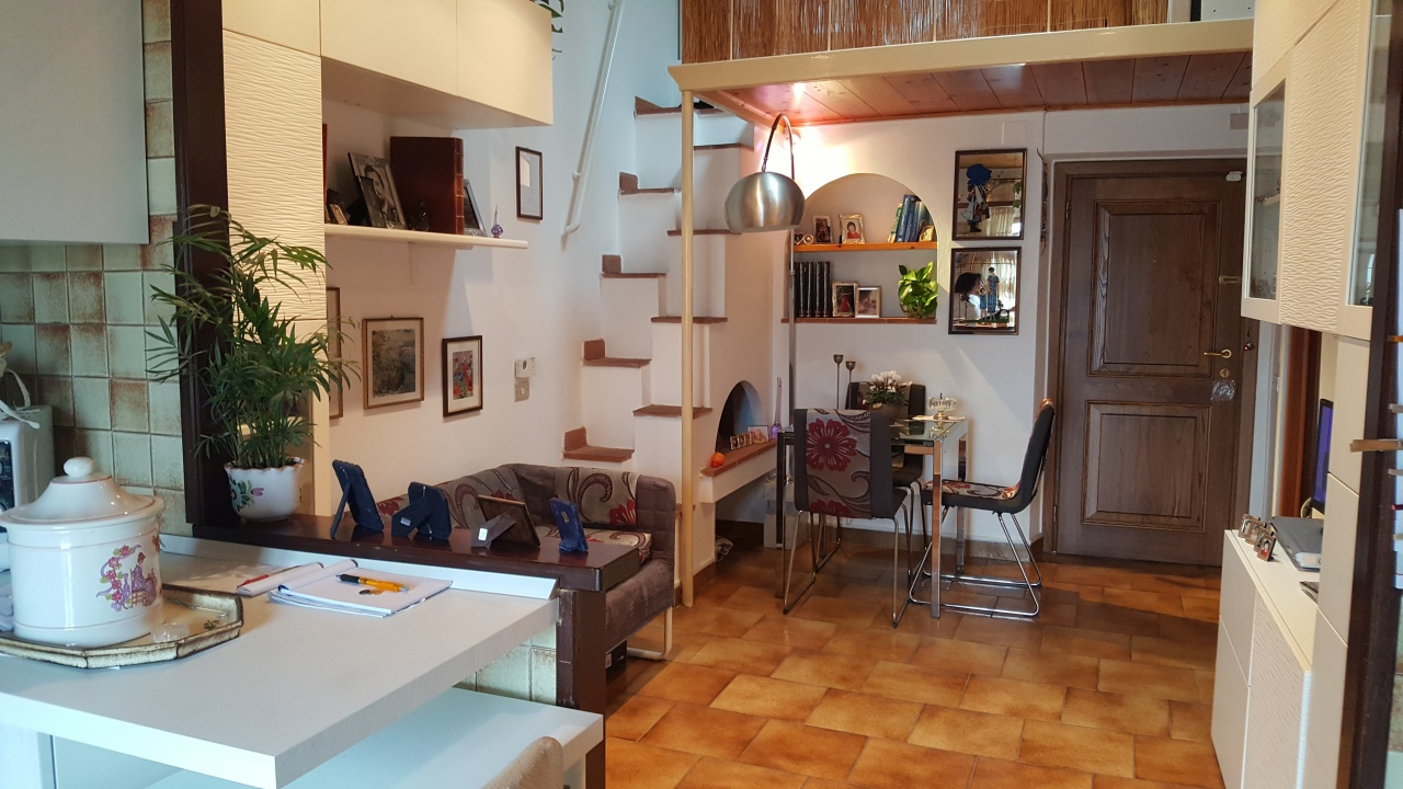 Appartamento in ottime condizioni arredato in vendita Rif. 8586112