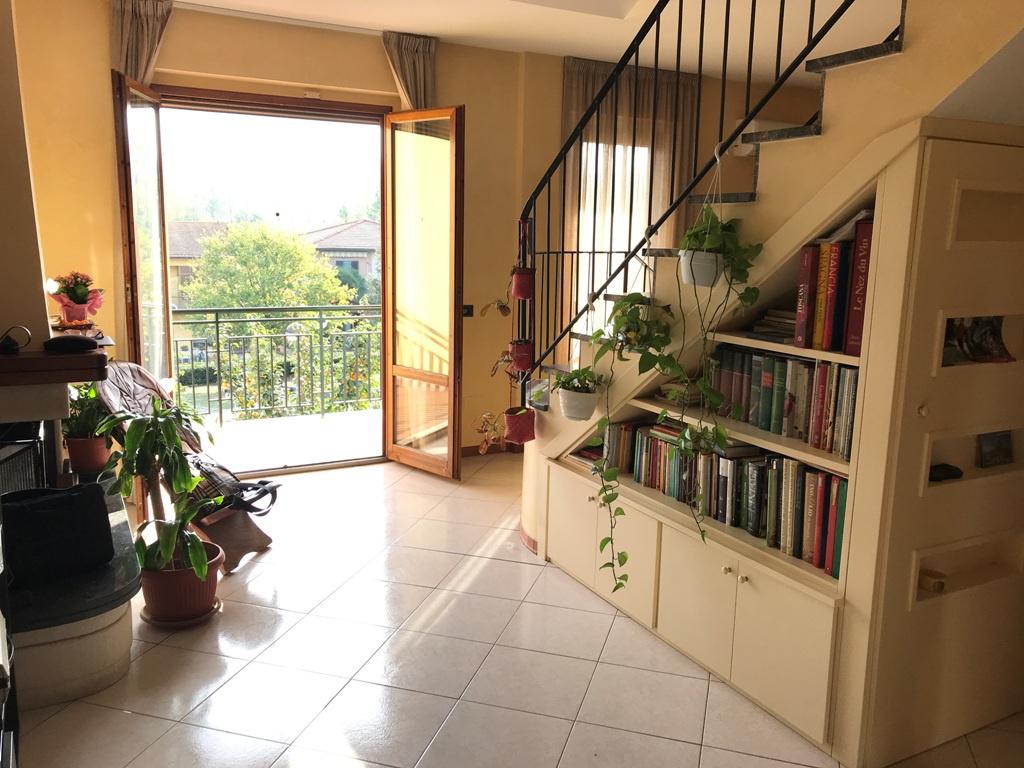 Appartamento in ottime condizioni in vendita Rif. 9700668
