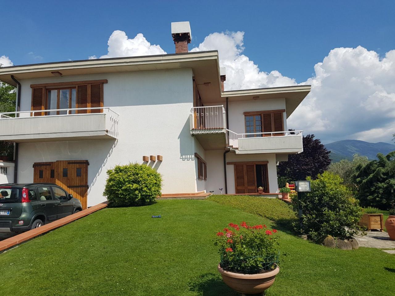 Casa Indipendente in ottime condizioni in vendita Rif. 9700674