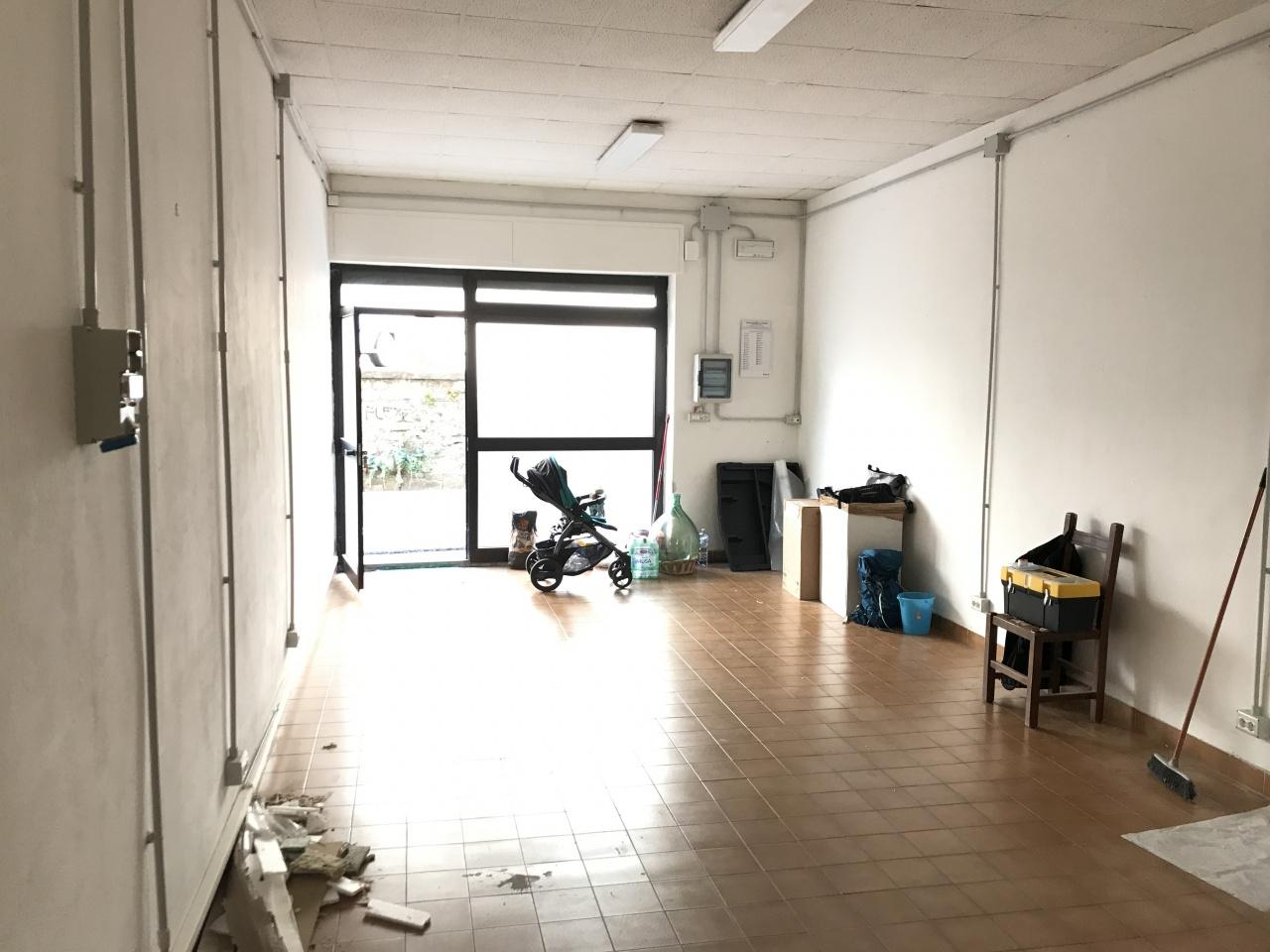Attività commerciale in buone condizioni in affitto Rif. 9793370