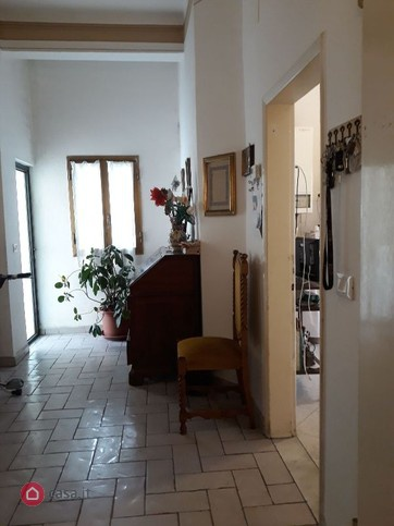 Appartamento da ristrutturare in vendita Rif. 9997182