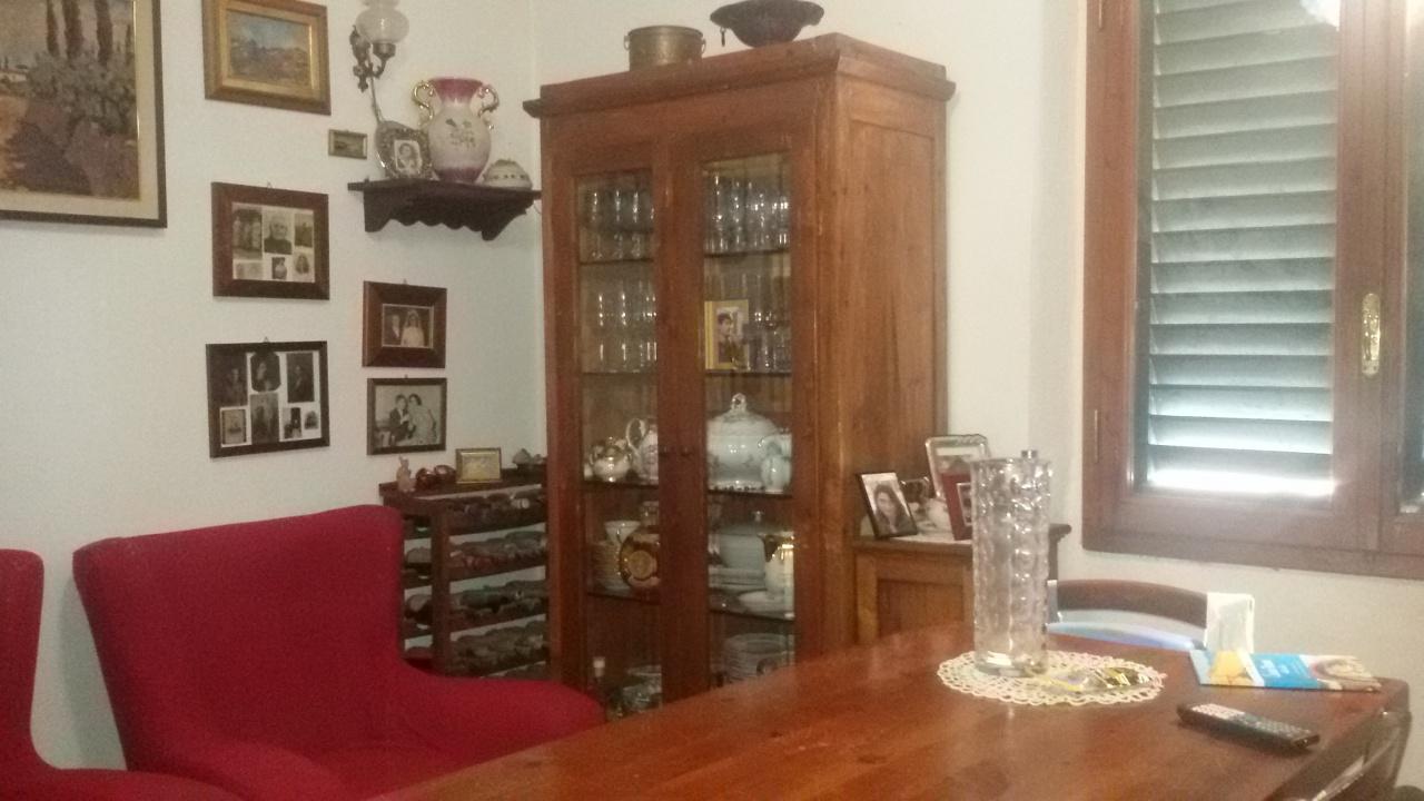 Appartamento da ristrutturare in vendita Rif. 10330346