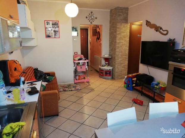 Appartamento in ottime condizioni in vendita Rif. 10028241