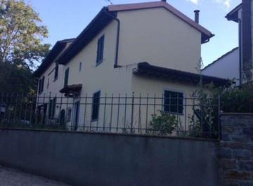 Casa Indipendente ristrutturato in vendita Rif. 10518471