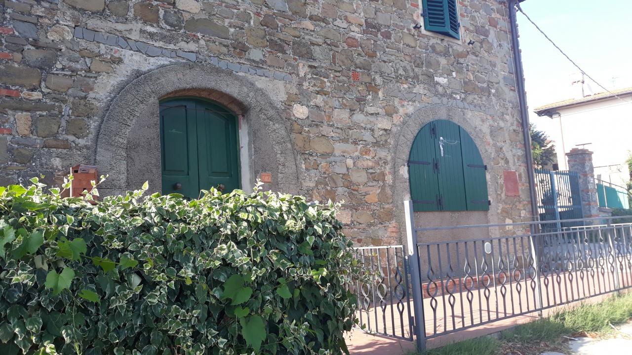 Casa Indipendente in buone condizioni arredato in vendita Rif. 10854947