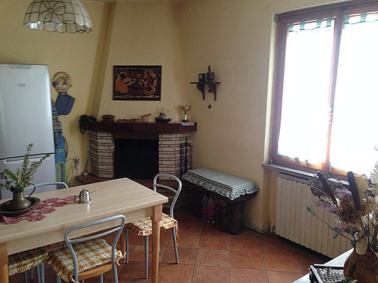 Appartamento in buone condizioni in vendita Rif. 10888494