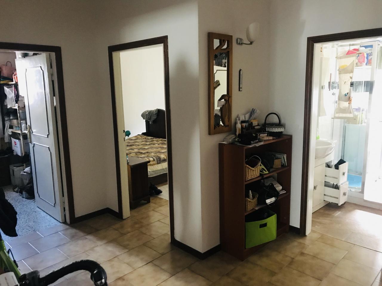 Appartamento in buone condizioni in vendita Rif. 11228858