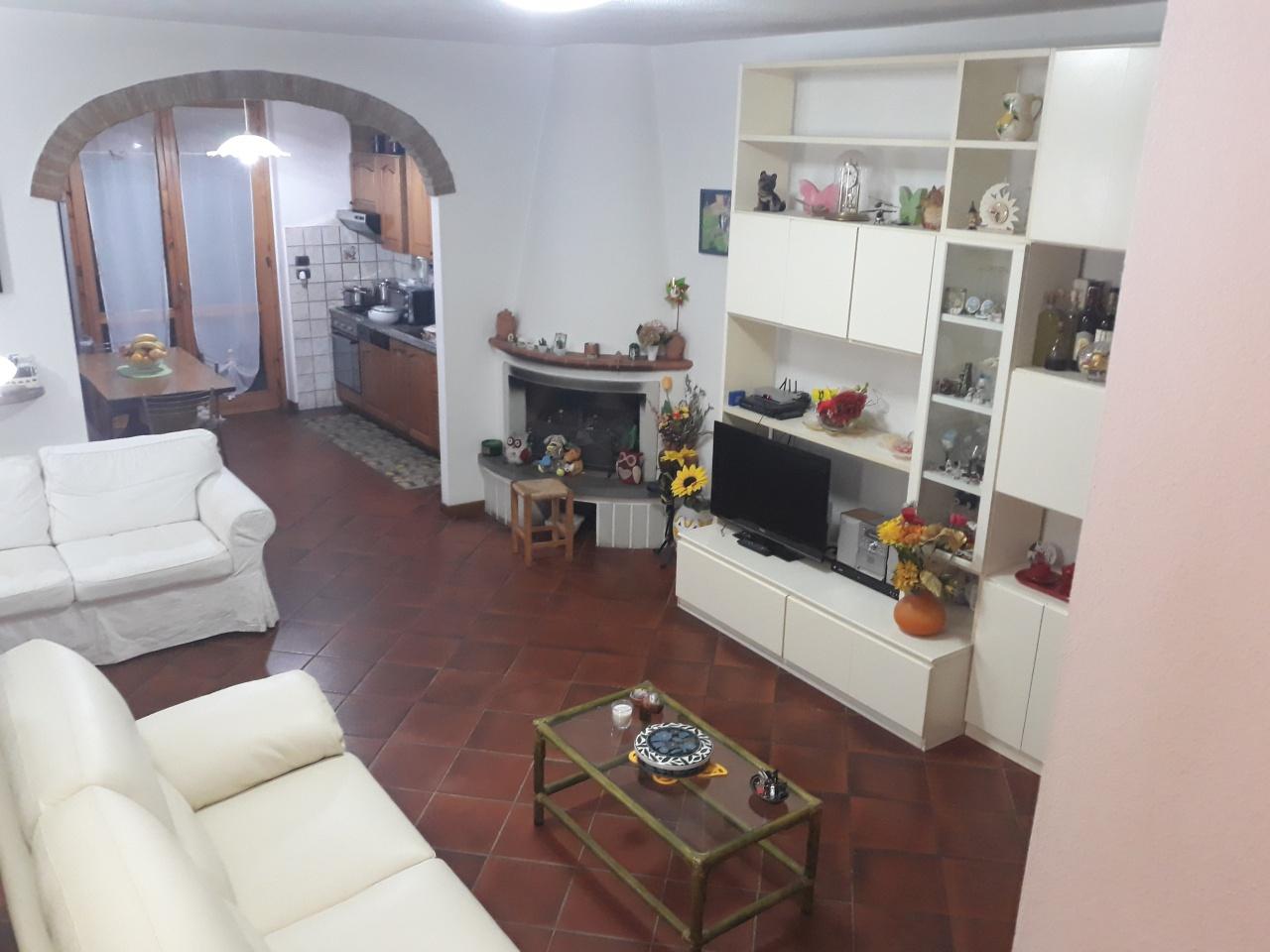 Villetta a schiera in ottime condizioni in vendita
