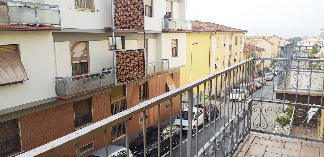 Appartamento da ristrutturare in vendita Rif. 11870083