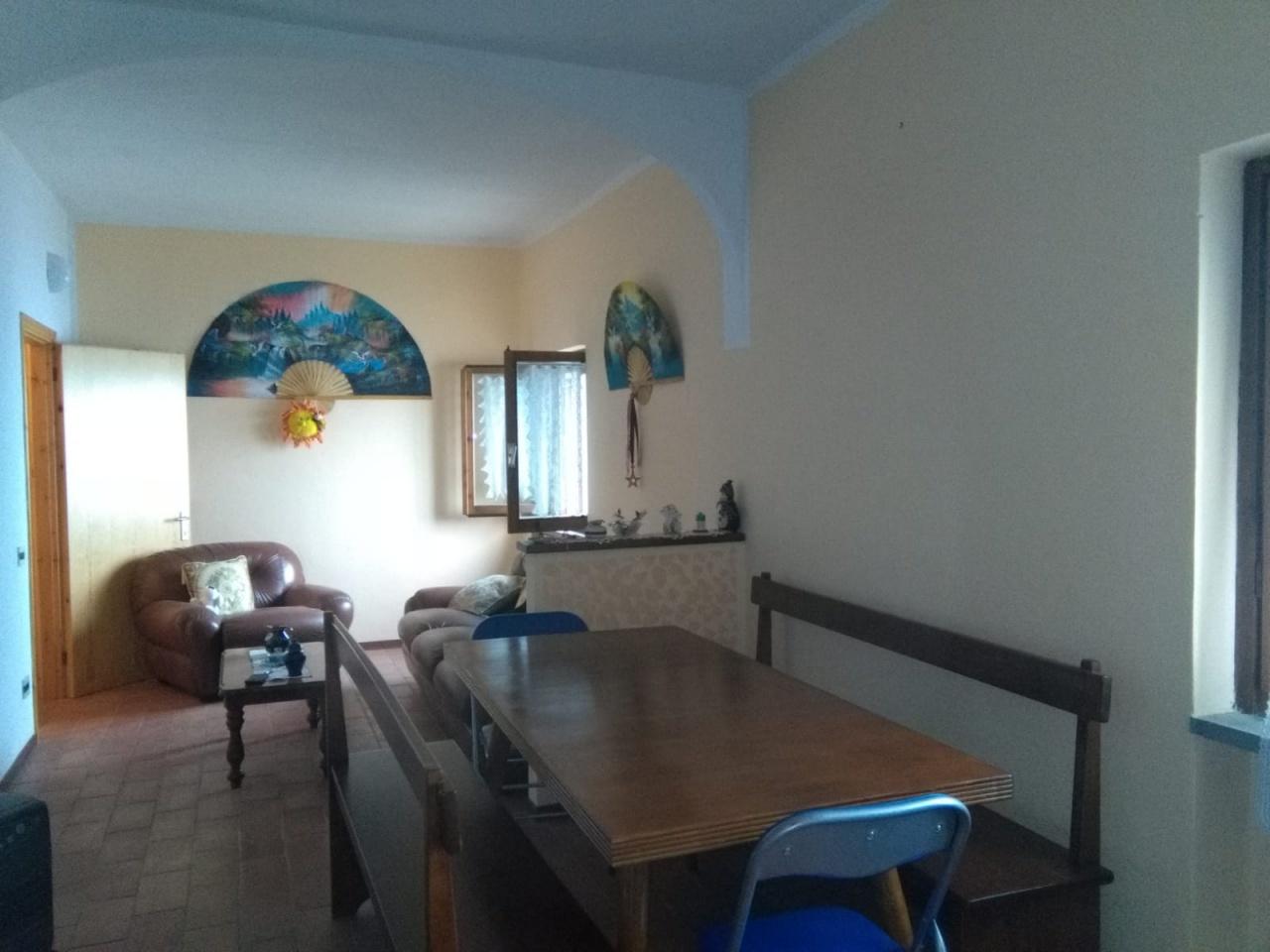 Appartamento in vendita a Montemignaio, 3 locali, prezzo € 34.000   CambioCasa.it