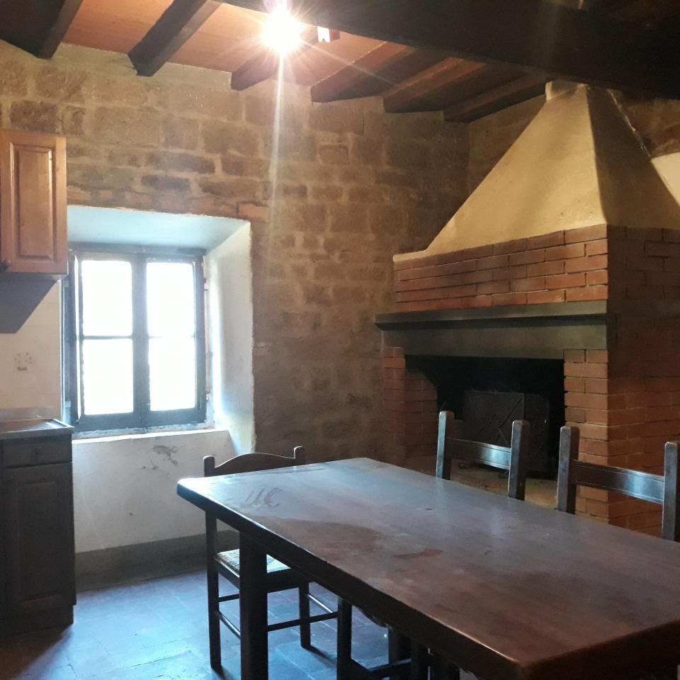 Appartamento in vendita a Rufina, 5 locali, prezzo € 97.000 | PortaleAgenzieImmobiliari.it