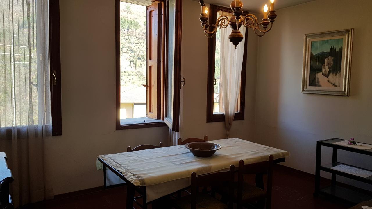 Appartamento in vendita a Reggello, 5 locali, prezzo € 105.000 | PortaleAgenzieImmobiliari.it