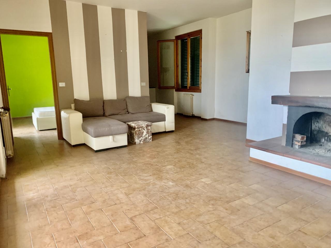 Appartamento in vendita a Pontassieve, 5 locali, prezzo € 250.000   PortaleAgenzieImmobiliari.it