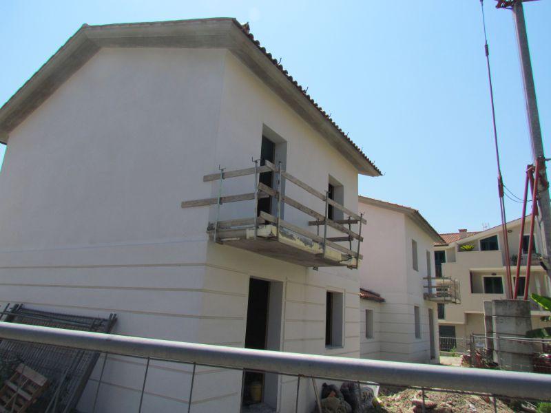 Villa bifamiliare LUCCA 00002