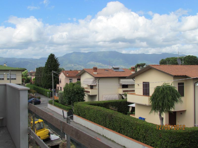 Bilocale Lucca Via Delle Viette 2