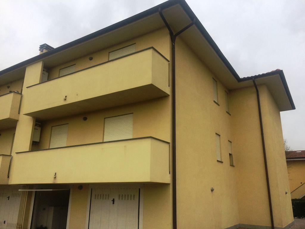 Appartamento in vendita a Lucca, 4 locali, zona Località: SAN VITO, prezzo € 190.000 | Cambio Casa.it