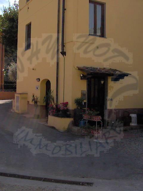 Appartamento in affitto a Capannori, 1 locali, zona Località: GENERICA, prezzo € 430 | Cambio Casa.it