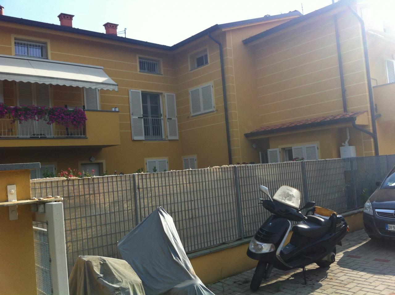 Appartamento in vendita a Lucca, 4 locali, prezzo € 165.000 | CambioCasa.it