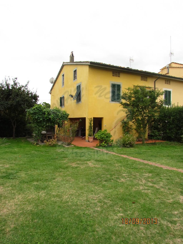 Soluzione Indipendente in vendita a Montecarlo, 9 locali, zona Località: SAN GIUSEPPE, prezzo € 495.000 | Cambio Casa.it