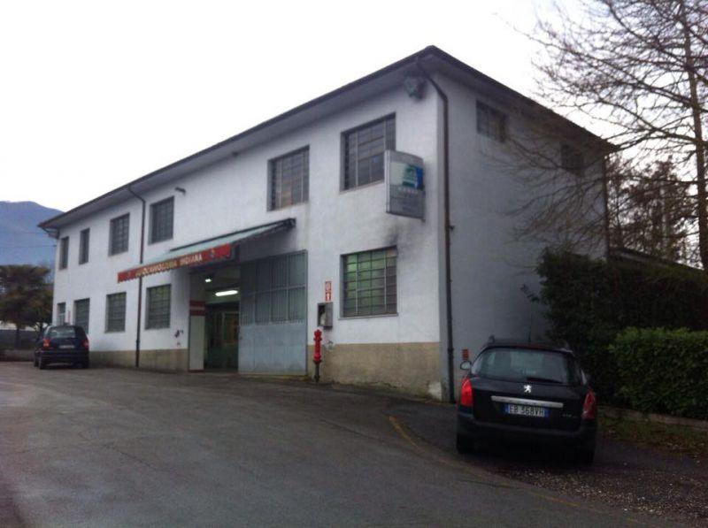 Laboratorio in vendita a Capannori, 7 locali, zona Località: SEGROMIGNO IN PIANO , prezzo € 350.000 | Cambio Casa.it