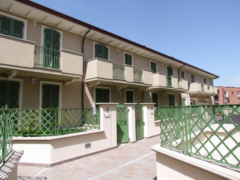 Appartamento in vendita a Lucca, 4 locali, prezzo € 255.000 | CambioCasa.it