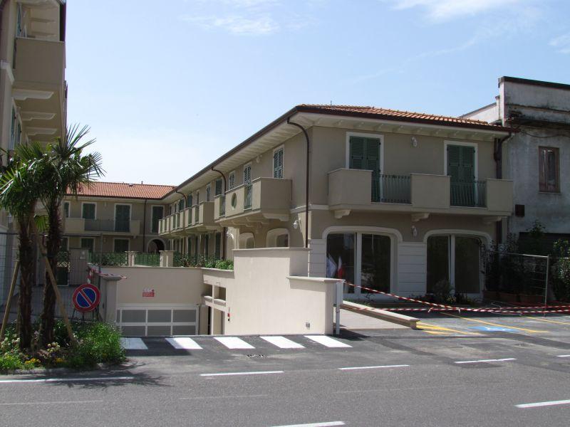 Appartamento in vendita a Lucca, 5 locali, prezzo € 340.000   CambioCasa.it