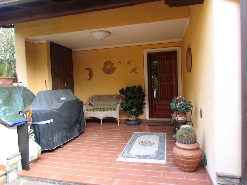 Villa in vendita a Vecchiano, 8 locali, zona Località: FILETTOLE, prezzo € 530.000 | Cambio Casa.it