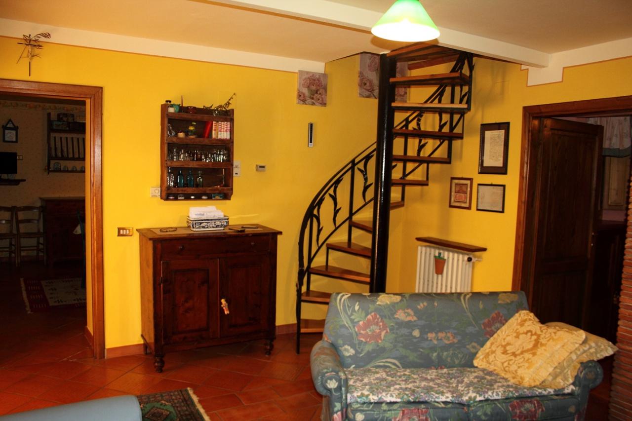 Casa Indipendente in buone condizioni in vendita Rif. 4770864