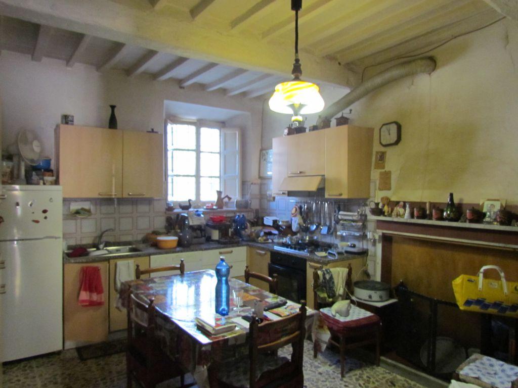 Soluzione Indipendente in vendita a Capannori, 4 locali, prezzo € 175.000 | CambioCasa.it