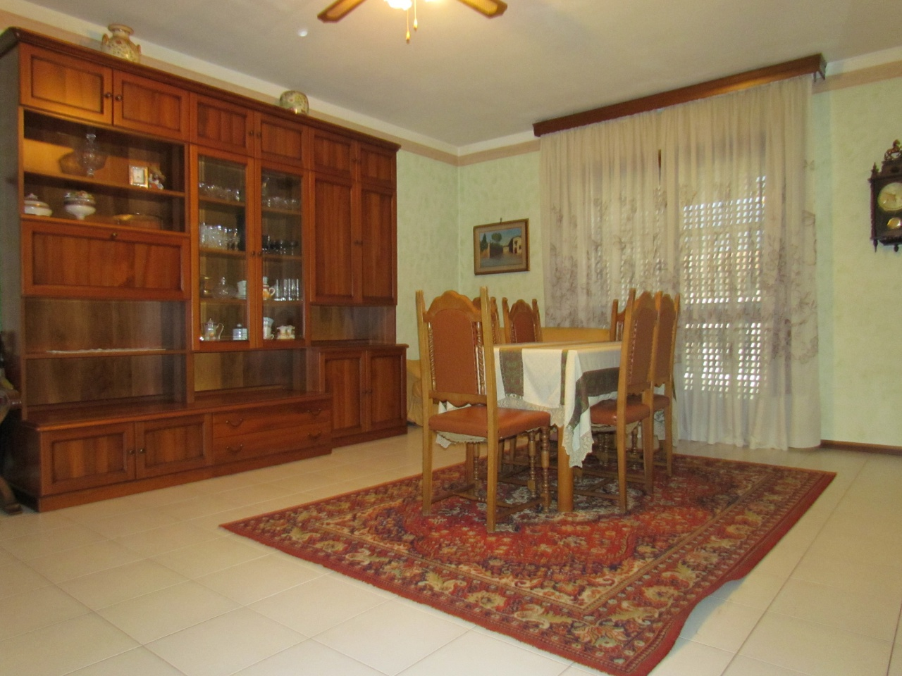 Appartamento in vendita a Lucca, 4 locali, prezzo € 145.000 | CambioCasa.it