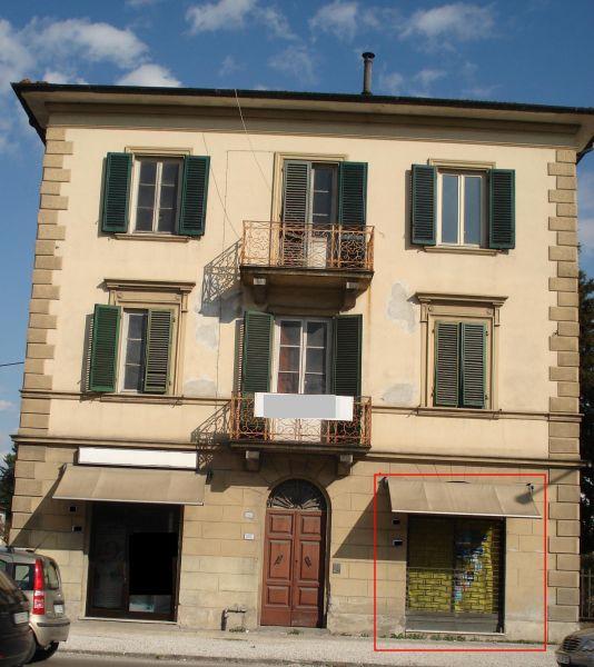 Negozio / Locale in Vendita a Lucca