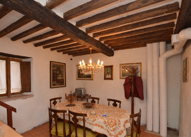 Casa Indipendente in discrete condizioni in vendita Rif. 8784113
