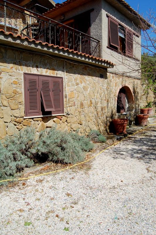 Soluzione Indipendente in affitto a Follonica, 9999 locali, zona Località: CENTRO, prezzo € 3.000 | Cambio Casa.it